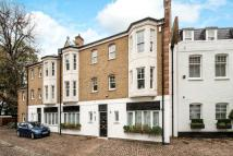 3 bed Terraced home in Pont Street Mews, London...