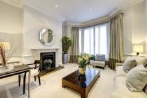 3 bed Flat for sale in Egerton Gardens, London...