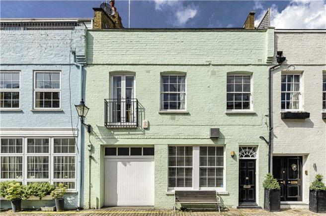 2 bedroom mews house for sale in princes gate mews london for Mansion houses for sale in london