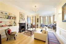 4 bedroom Flat in Cadogan Square...