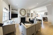 3 bed Terraced property in Montpelier Walk...