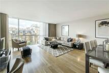 3 bedroom Flat in Knightsbridge...