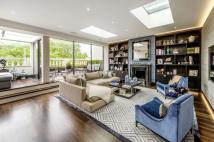 3 bed Maisonette to rent in Ennismore Gardens...