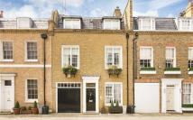 3 bed Mews to rent in Clabon Mews...