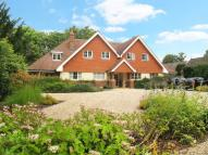 2 bed Flat for sale in Vicarage Hill, Farnham...
