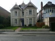 Studio flat in Sea Road, Boscombe...