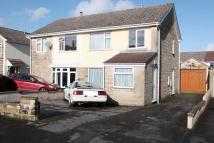 semi detached house to rent in Charlton Park...