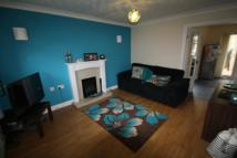 3 bed semi detached home in HOPES FARM VIEW, LEEDS...