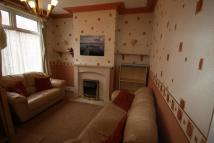 property to rent in LONGROYDE GROVE, LEEDS...