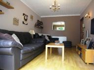 Apartment to rent in Milner Road, Morden...