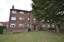 Apartment in Central Road, Morden...