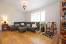 2 bed Maisonette to rent in West Barnes Lane...