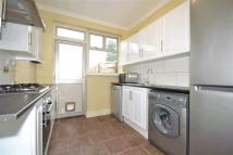 Apartment to rent in Martin Way, Morden...