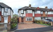 3 bedroom property in Hatherleigh Close...