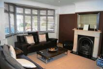 3 bed property in Glenthorpe Road, Morden...