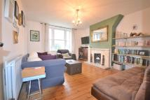 3 bedroom house in Grand Drive, Raynes Park