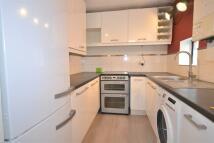 Flat to rent in Pelham Road, Wimbledon