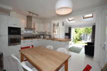 3 bedroom house to rent in Bronson Road, Raynes Park