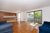 2 bed Flat in Lanesborough Court...