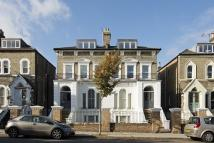 Flat to rent in Penn Road N7