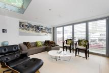 2 bedroom Mews in Waterfront Mews...