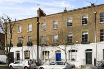 4 bedroom Town House to rent in Devonia Road N1