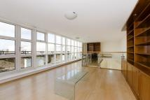 3 bed Apartment to rent in Rosebery Avenue EC1R