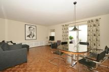 2 bedroom Flat to rent in College Cross, Islington...