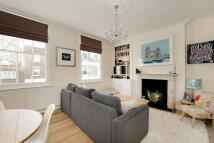 2 bedroom house in College Cross, Islington...
