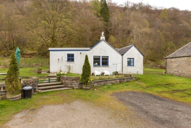 Stronafyne Cottage