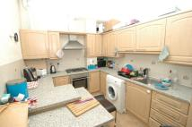 3 bedroom Flat to rent in Junction Road London
