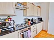 2 bed Flat in Southgate Road Islington