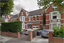 Flat in Walm Lane Willesden