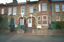 Flat to rent in Brettenham Rd Walthamstow