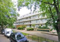 1 bed Flat to rent in Weedington Rd London