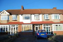 3 bed house in Greenwood Close, Morden