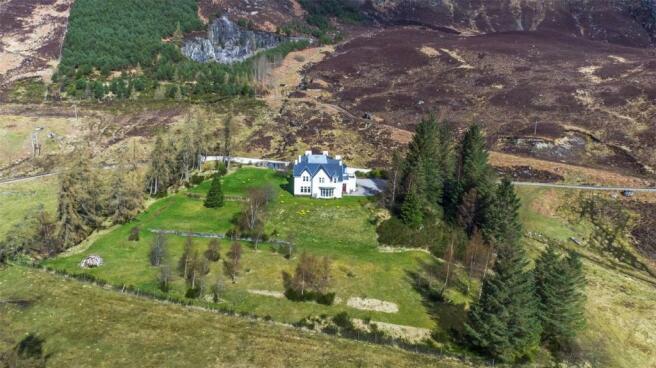 Mullardoch House
