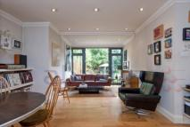 2 bed Flat for sale in The Avenue, Brondesbury...