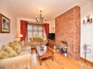 3 bed property to rent in Cleveland Gardens...