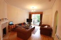 Apartment to rent in Finchley Road...
