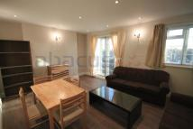 Flat to rent in Warwick Lodge...