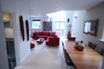 Apartment to rent in Shoot Up Hill, Kilburn...