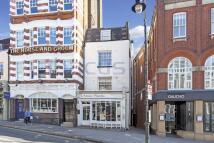 Flat to rent in Heath Street, Hampstead...