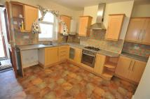 Town House to rent in Moorside Road, Bradford