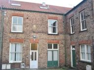 2 bedroom Flat to rent in 46 Middle Street North...