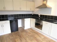 Flat to rent in Market Place, Driffield...