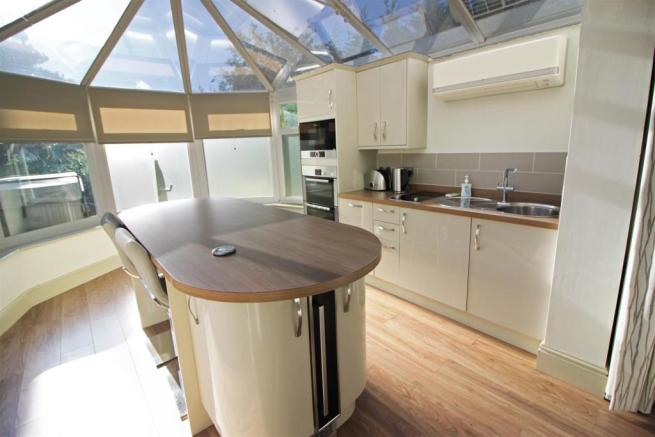 ANNEXE KITCHEN