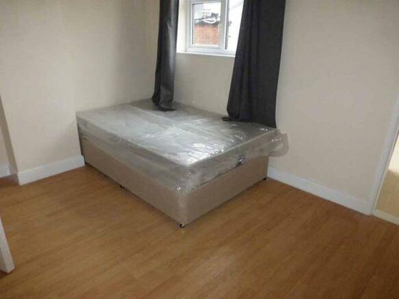 Bedroom to Rea...