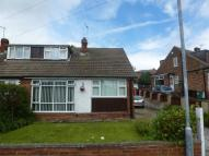 3 bedroom semi detached home in Daleside Grove, Pudsey...