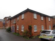 Flat to rent in Irthlingborough Road...